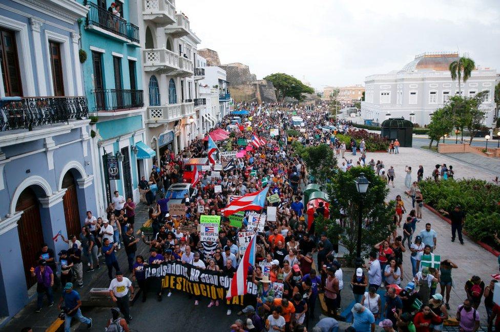Protestas.