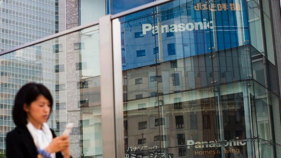 Panasonic приостанавливает сотрудничество с Huawei