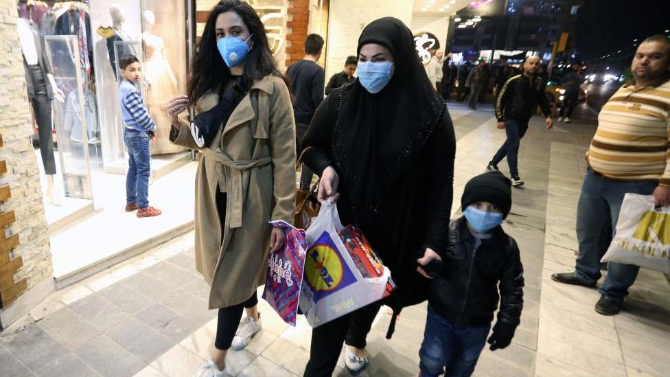 ضربة للسياحة الدينية في العراق واقفال الفنادق في كربلاء