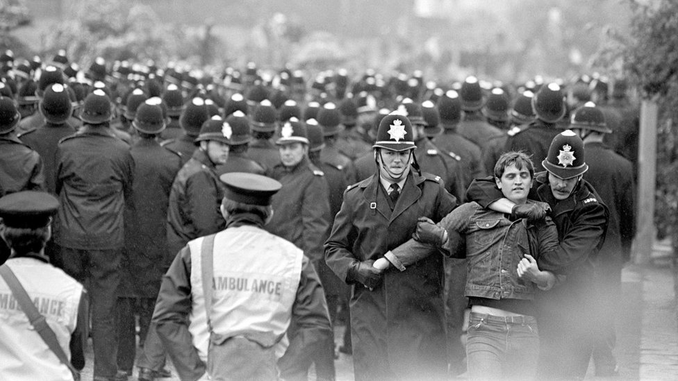A sea of police helmets faced the pickets outside the Orgreave coking plant