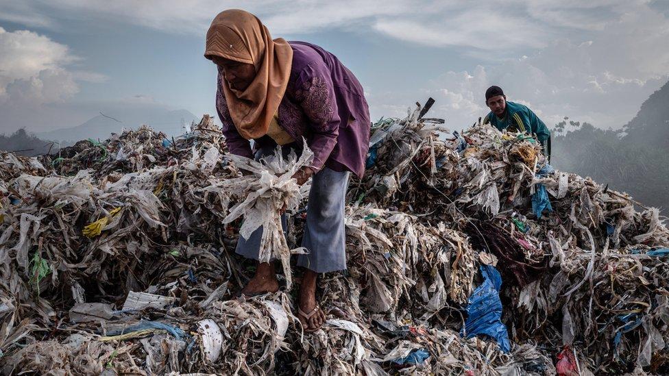 Indonezija je počela da prima više plastičnog otpada iz čitavog sveta otkako je uvedena zabrana u Kini