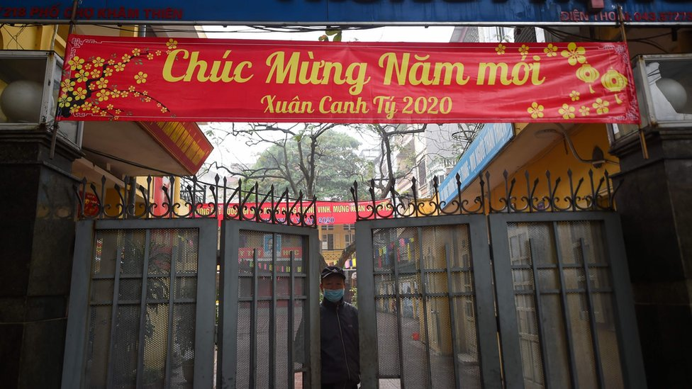 Vietnam'da virüs yüzünden kapatılan bir okul