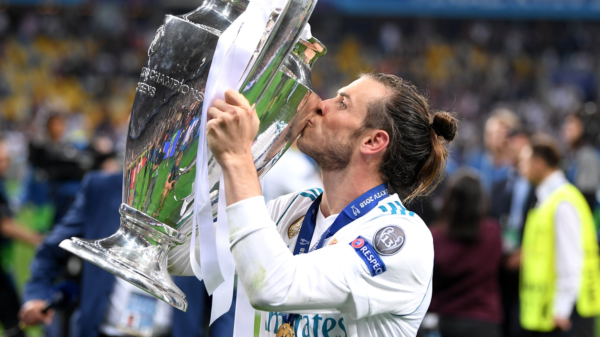 Champions League hero Bale to have talks about Real Madrid future