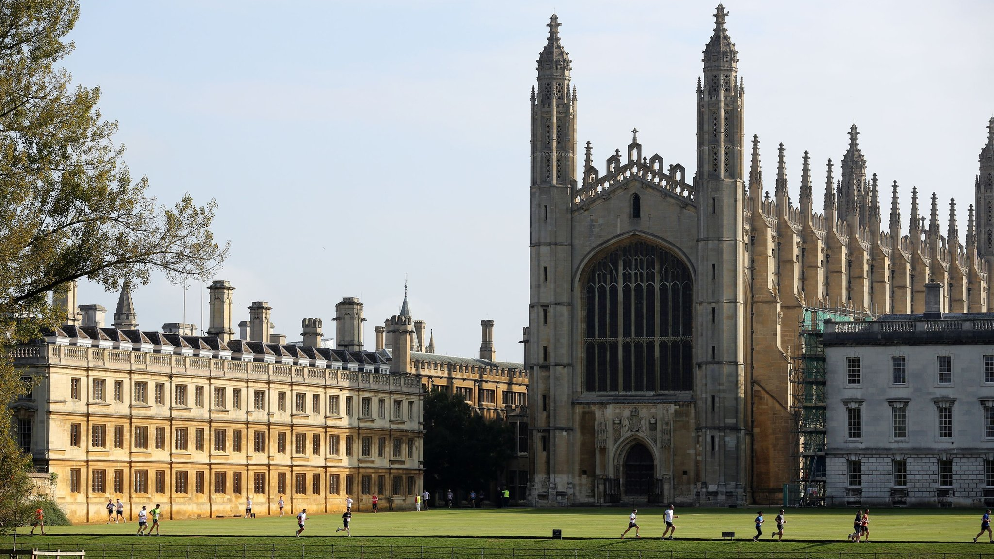 Cambridge University: All lectures to be online-only until summer of 2021 -  BBC News