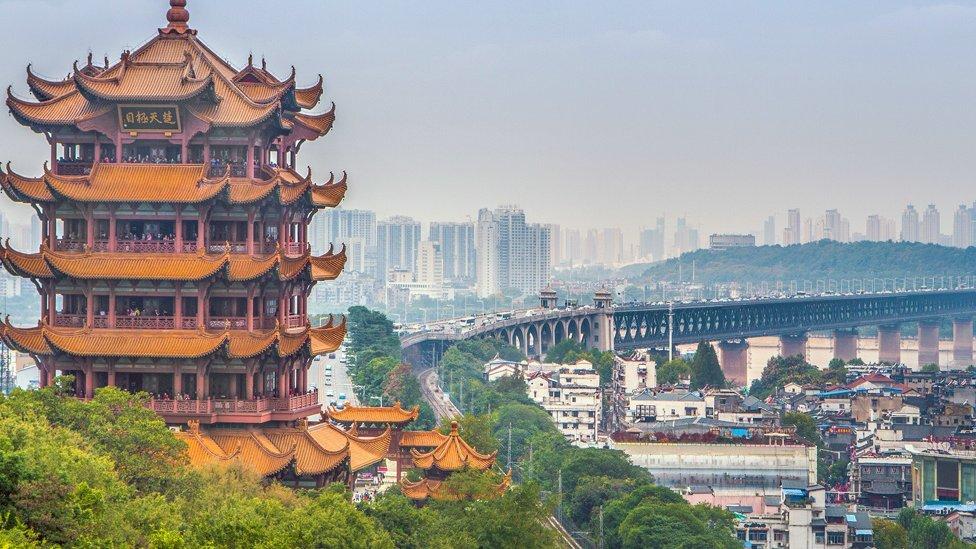 Torre de la Grulla Amarilla en Wuhan, China