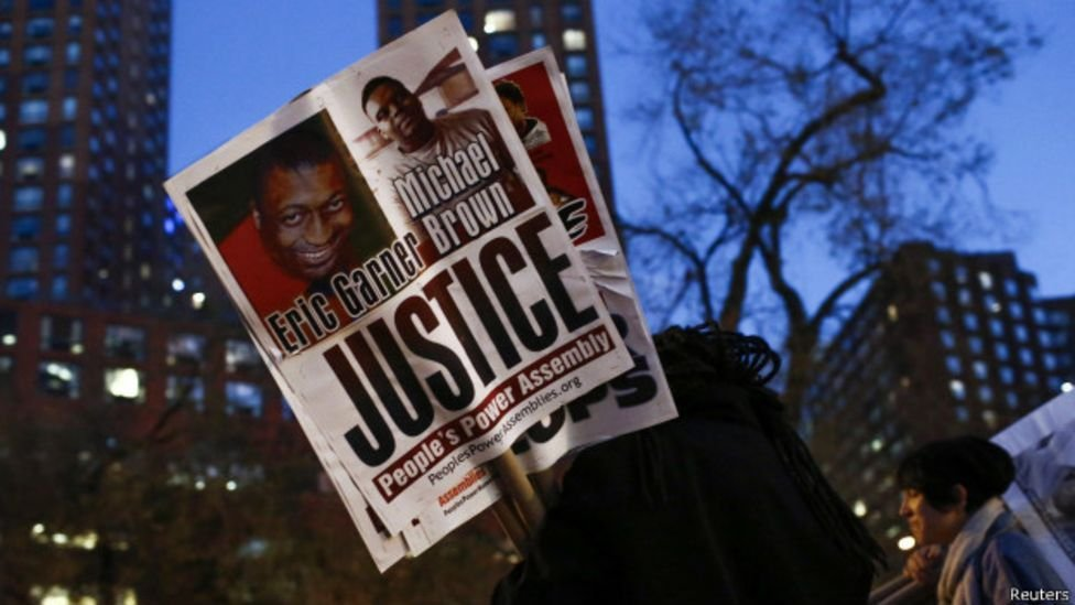 La muerte de Eric Garner y la grabación en video de su muerte generaron indignación a nivel nacional.