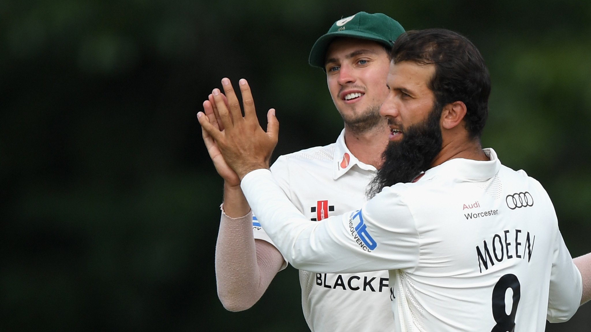 Moeen leads Worcestershire fightback against Somerset