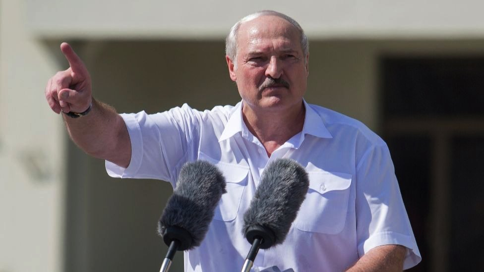 Predsednik Belorusije Aleksandar Lukašenko na mitingu 16. avgusta