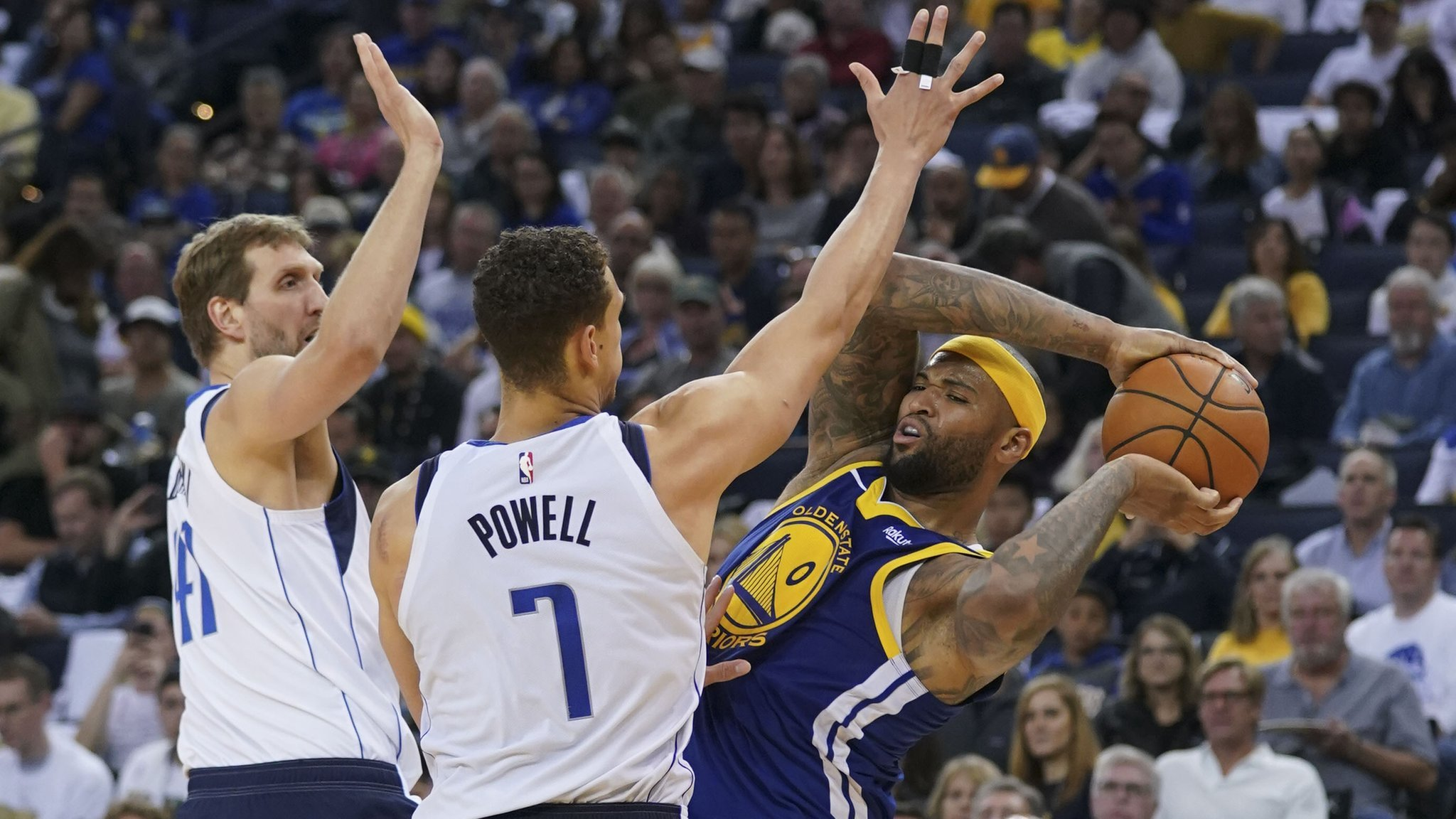 Golden State Warriors suffer heaviest defeat of season against Dallas Mavericks