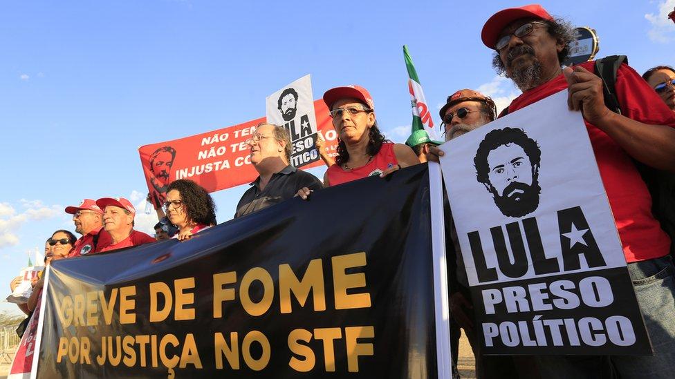 Manifestación a favor de Lula, en abril de 2018 en Brasilia