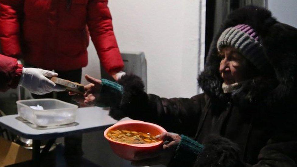Московские депутаты пожаловались Путину на фонд для бездомных