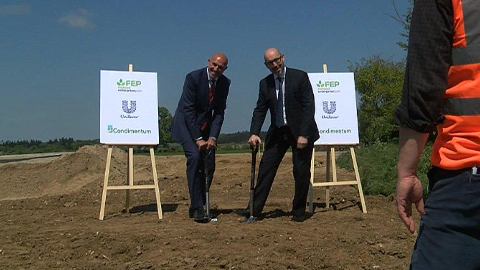 Condimentum CEO Dave Martin (left) and Unilever's Jon Strachan (right)