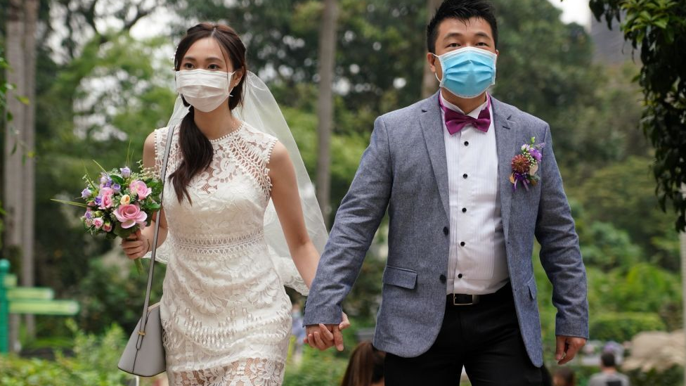 عروسان في هونغ كونغ
