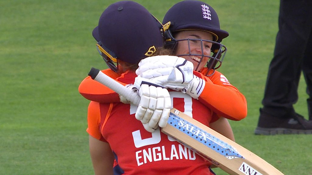 England v South Africa: Tammy Beaumont reaches second-fastest women's T20 century