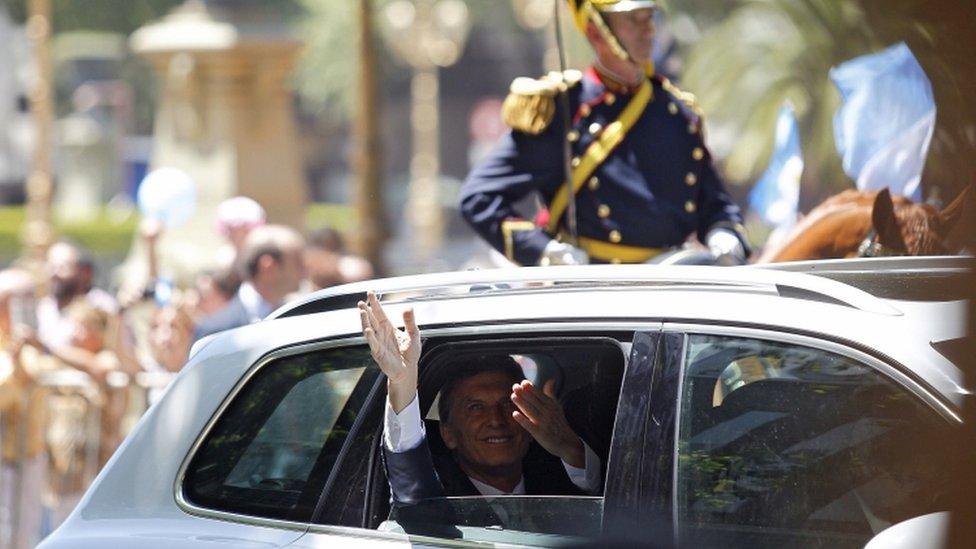 Mauricio Macri, 10 Dec