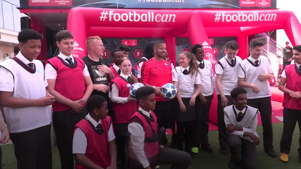 You Tube star helps teach maths through football