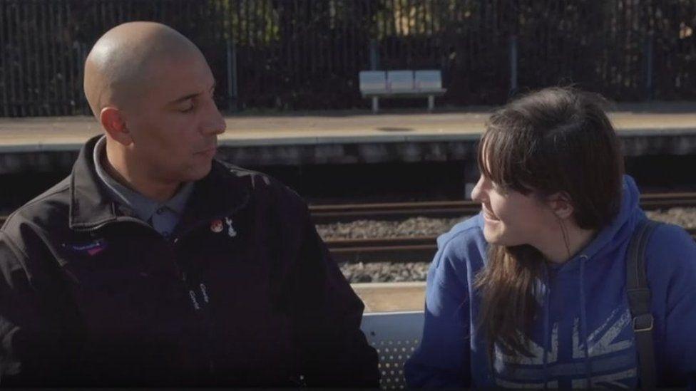 NO USAR. BBC. Ashley John y Liv Pontin se ven por primera vez tras el incidente, más de un año y medio despué s NO USAR. BBC.