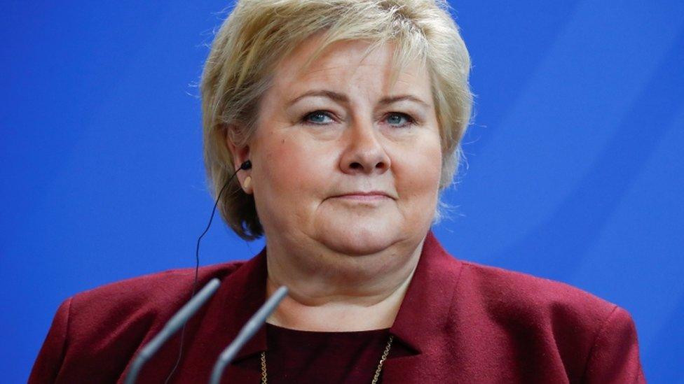 Primer ministra noruega Erna Solberg