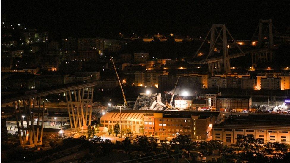 Italy bridge: State of emergency follows Genoa disaster