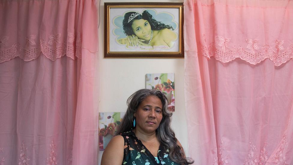 Rosa Hernández