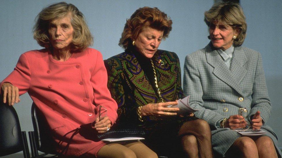 Eunice, Patricia y Jean Kennedy en 1993
