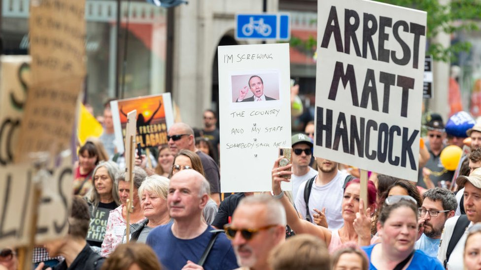 Una marcha en Londres contra el confinamiento y contra el ministro de Salud Matt Hancock, 26 de junio de 2021