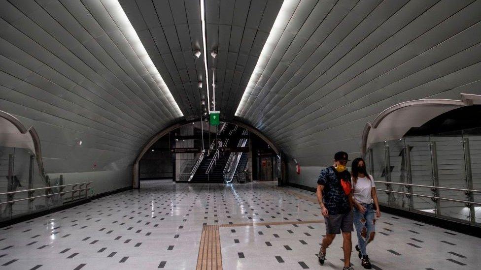 Estación de metro.
