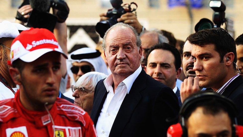 El rey Juan Carlos I en el Gran Premio de Fórmula 1 de Abu Dabi en 2010.