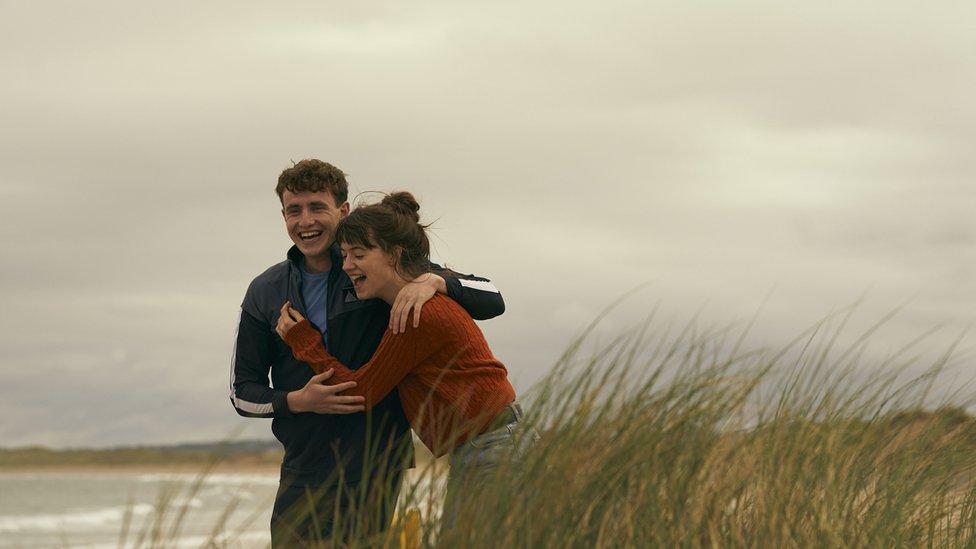 Paul Mescal as Connell and Daisy Edgar-Jones as Marianne