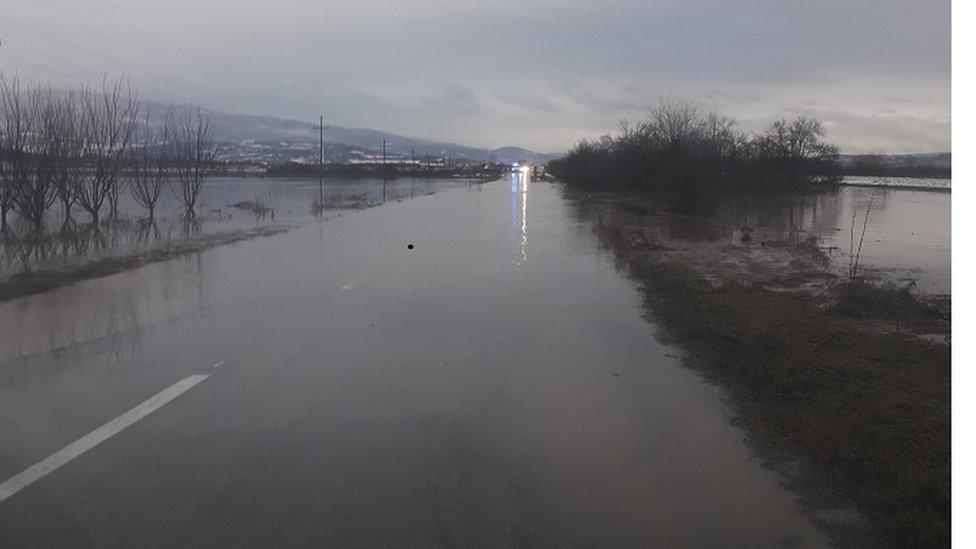 put između Žitorađe i sela Jasenica