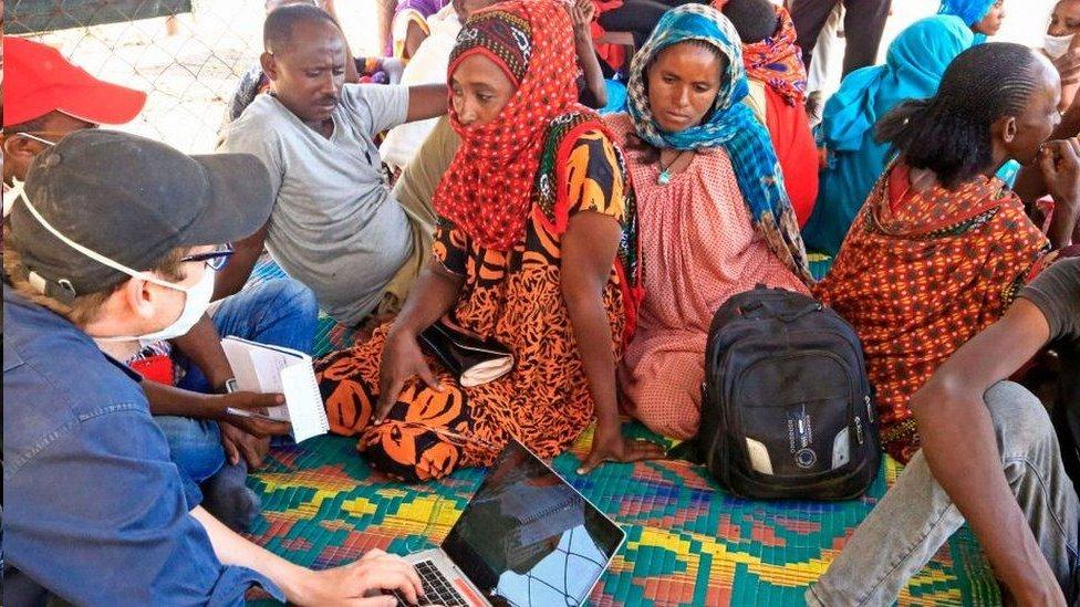 فر عشرات الآلاف من الأشخاص من الصراع في تيغراي إلى السودان