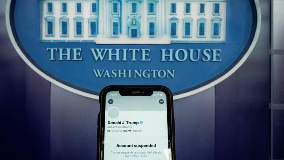 La cuenta de Trump bloqueada