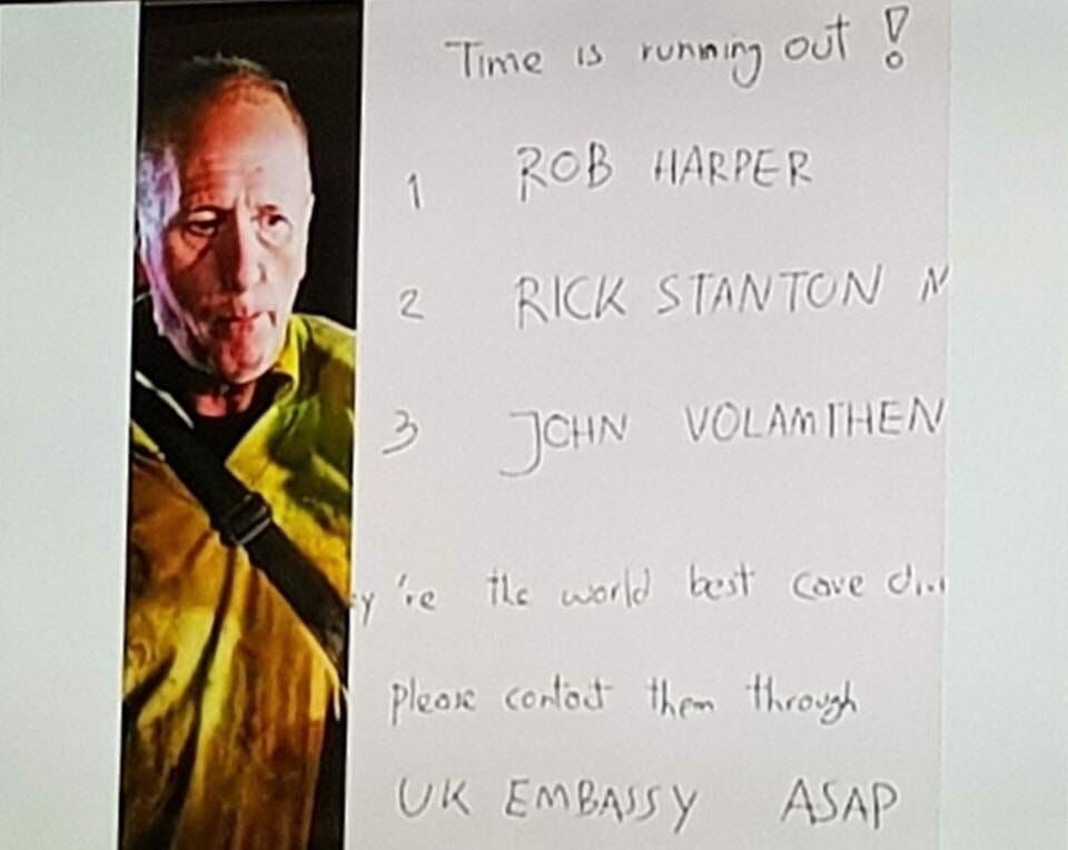 La lista con candidatos potenciales para un rescate que armó Vernon.