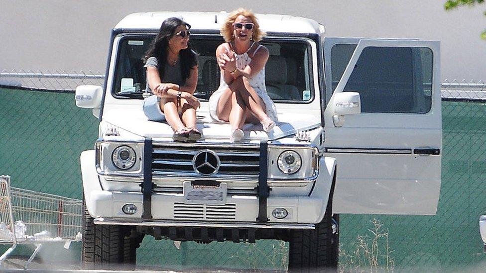 Lynne dan Britney Spears