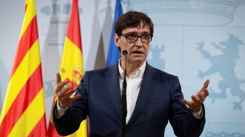 İspanya Sağlık Bakanı Salvador Illa 'Bilime kulak verin' diyor