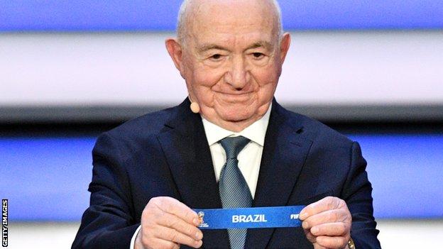 Simonyan formó parte del sorteo para el Mundial de Rusia 2018.