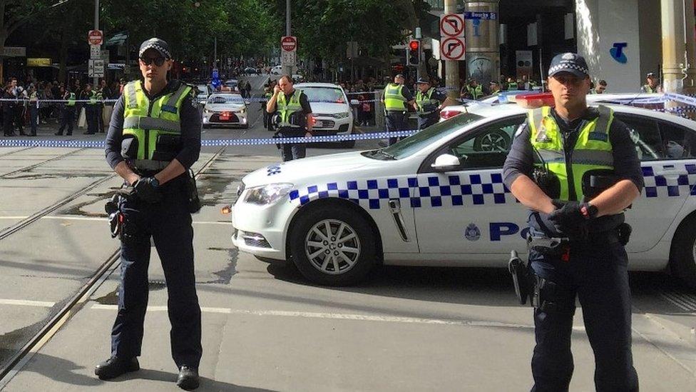 طوقت الشرطة موقع الحادث وسط ملبورن