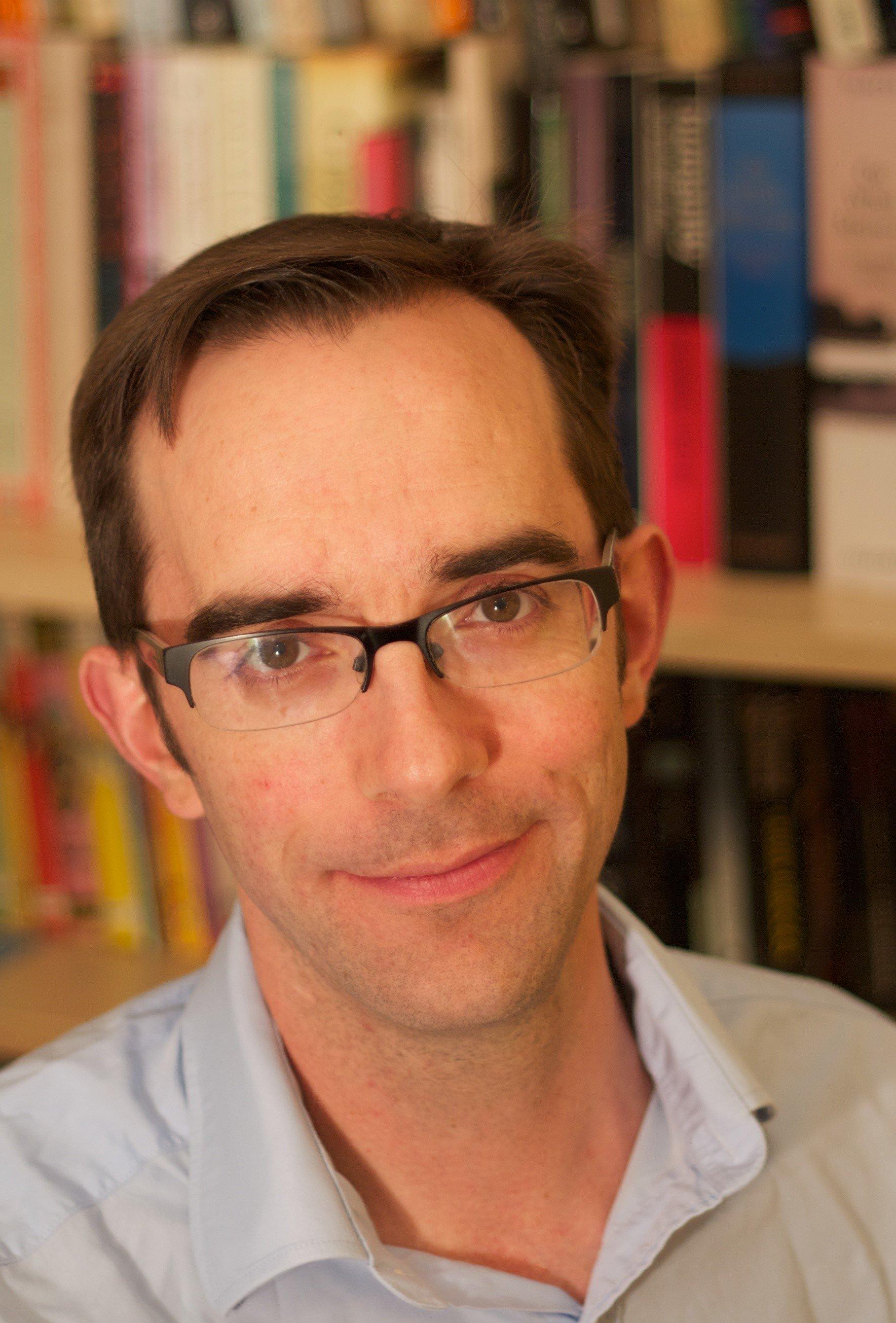 Profesor Dominic Wilkinson