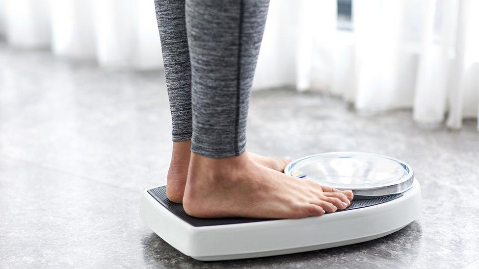 Ожиріння або замала вага можуть забрати чотири роки життя - науковці