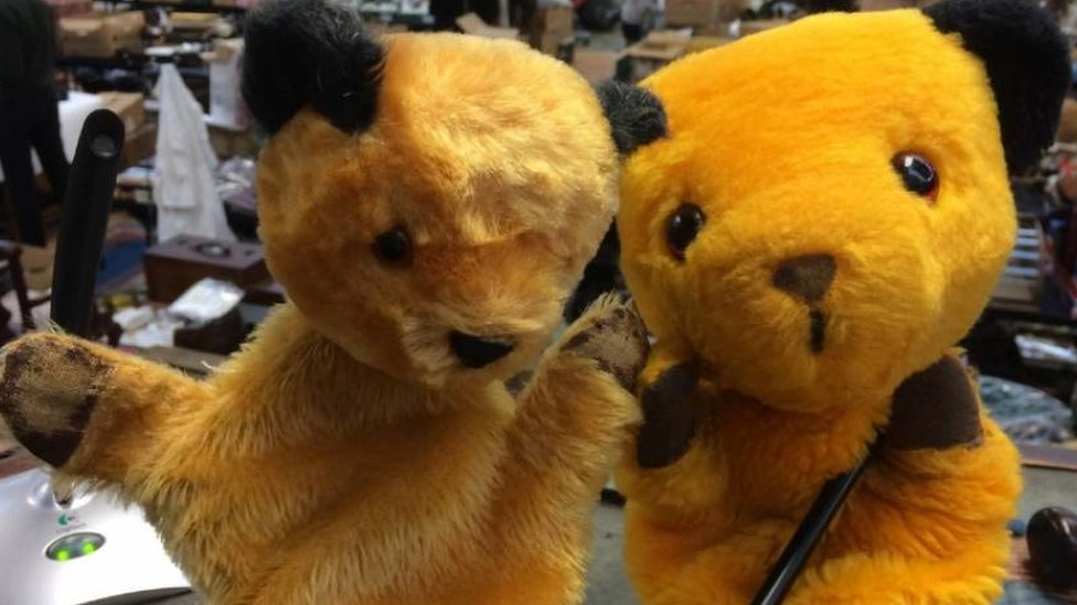 Clacton owner to auction original Sooty TV puppets