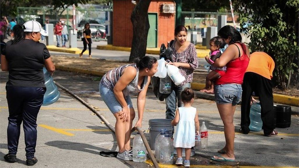 Venezuelans collect mountain run-off as water shortages persist