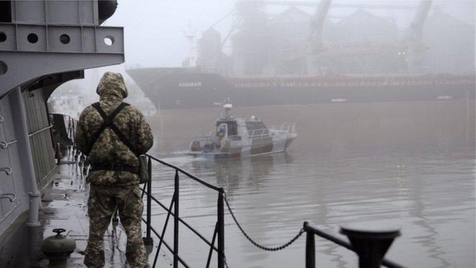 Economist: Росія хоче залишити східну Україну без моря