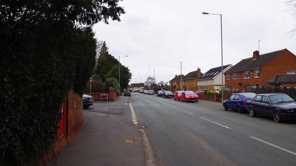 Bath Road, Worcester