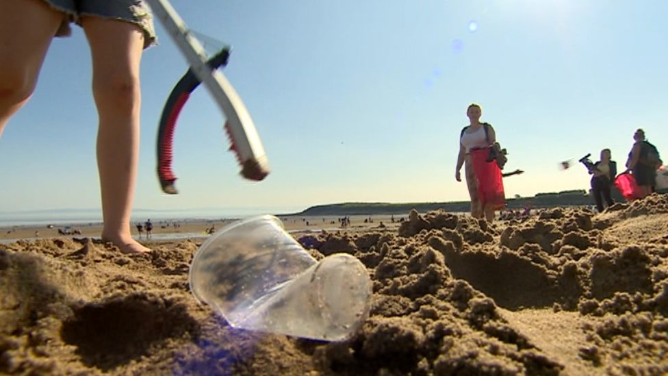 Barry Island beach rubbish cleaned up by frustrated residents