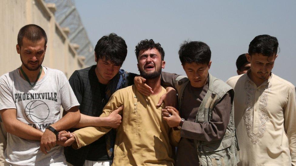 جنازة ضحايا الهجوم الانتحاري
