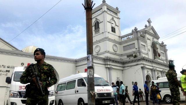 श्रीलंका धमाकेः सरकार पर लापरवाही के आरोपों को लेकर हो रहा हंगामा