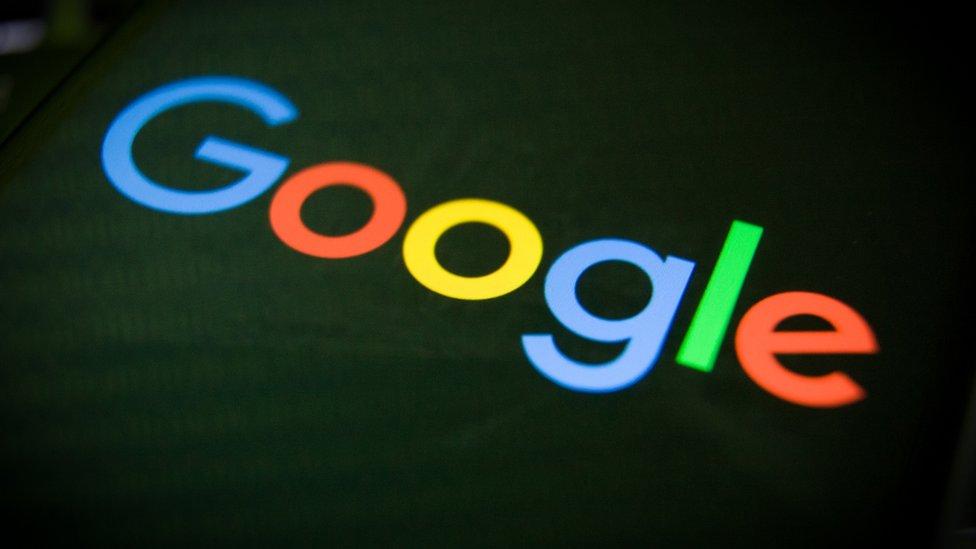 Роскомнадзор в третий раз обвинил Google в выдаче запрещенного в России контента