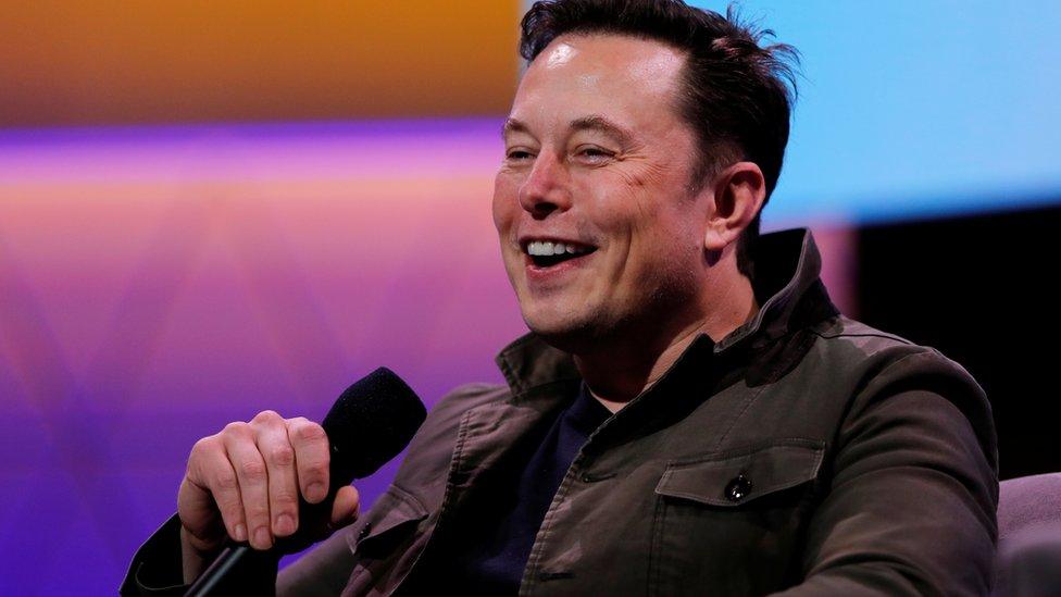 Bitcoin: Tesla hisseleri düştü, Elon Musk dünyanın en zengini unvanını kaybetti