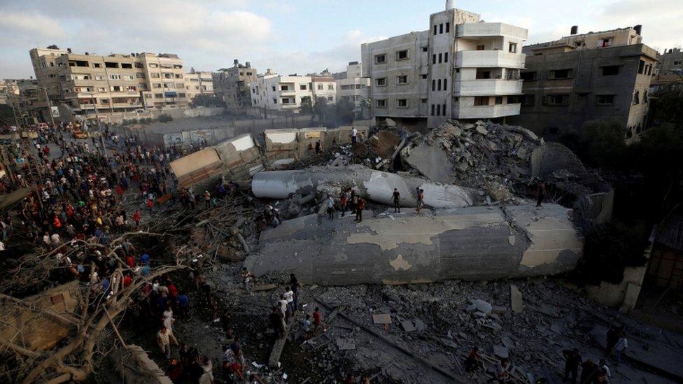 شنت طائرات إسرائيلة غارات ليل الأربعاء ويوم الخميس على أكثر من 150 هدف في غز