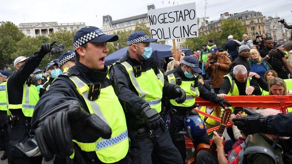 Polícia dispersou manifestantes